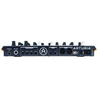 Arturia DrumBrute Impact analoge drumsynthesizer