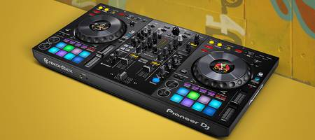 The new Pioneer DJ controller the DDJ-800!