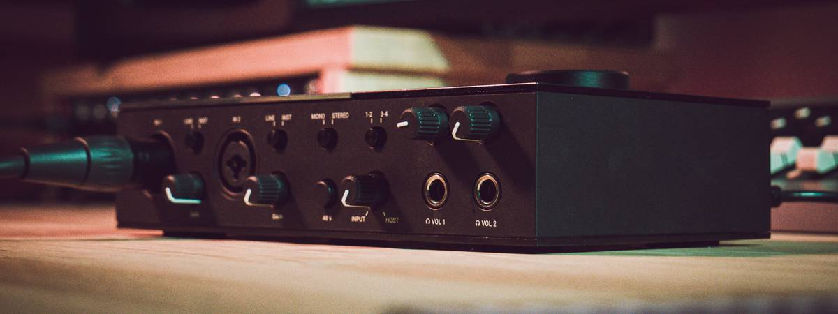 Review: Native Instruments KOMPLETE AUDIO 6 audio interface